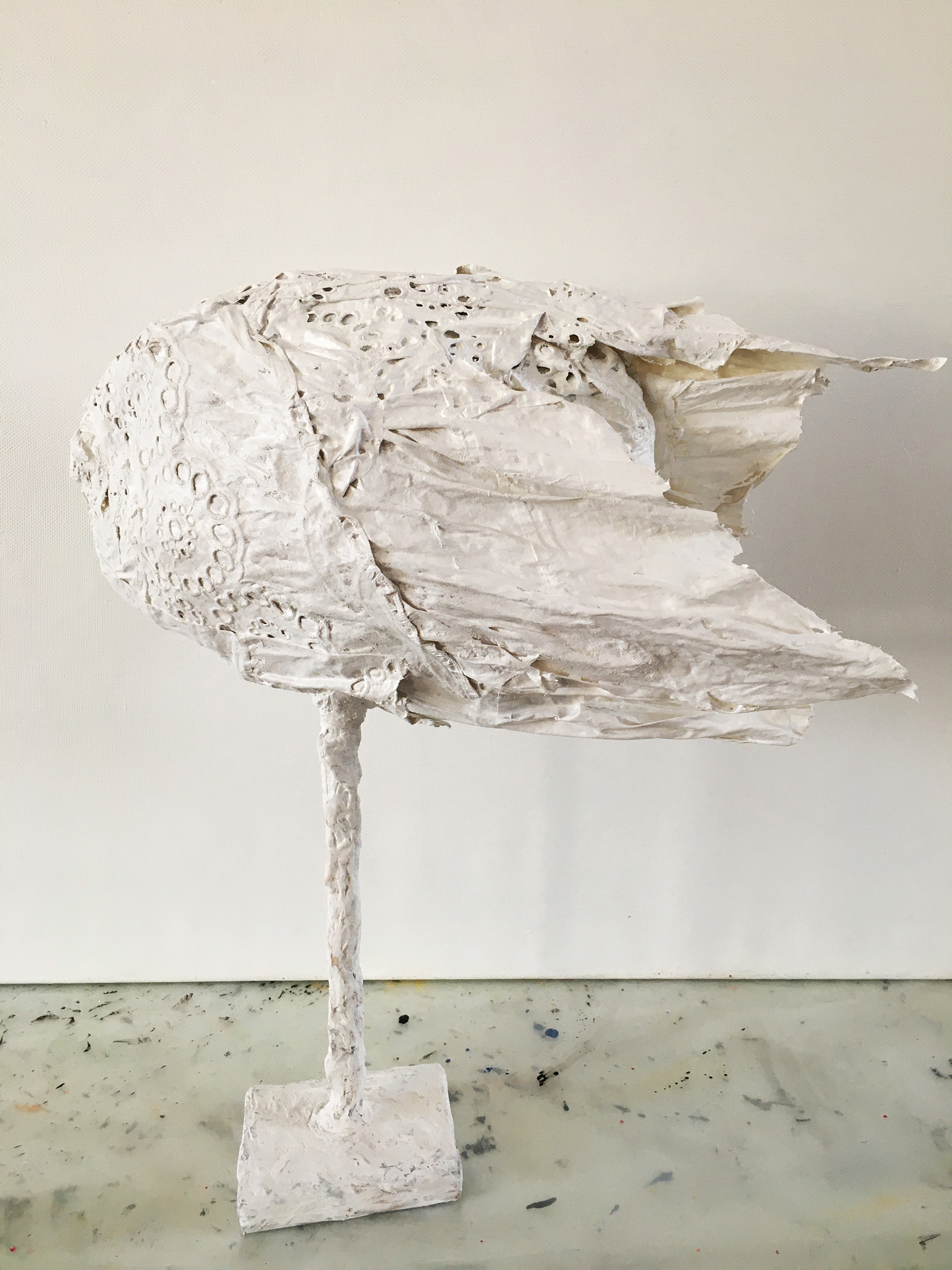 """""""Белое крыло"""", 50Х30 см, ткань, проволока, акрил"""